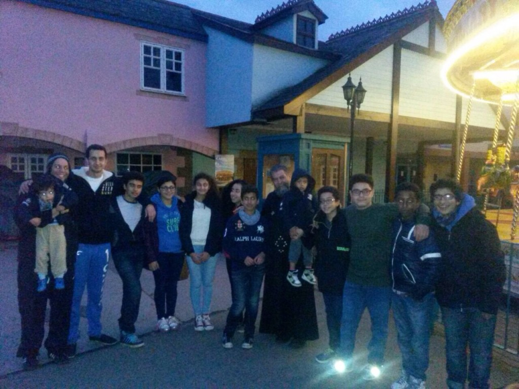 Secondary School Youth with servants and Fr. John at Drayton Manor